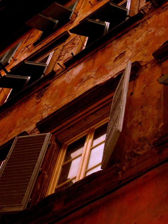 windows on via dei macci