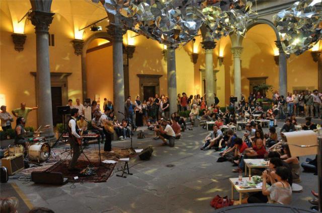courtyard, palazzo strozzi