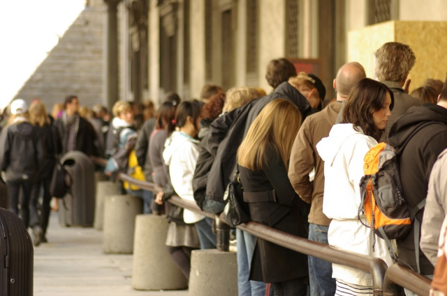Line-up for Uffizi by howdi_ane on Flickr