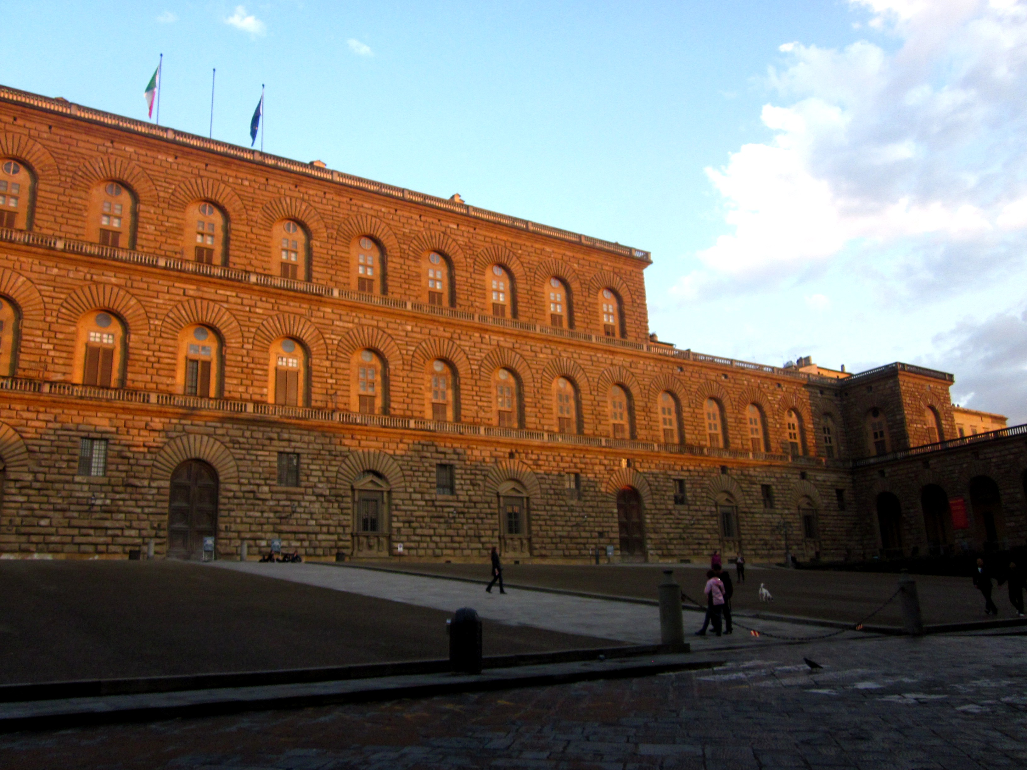 The medici walk part 2 florence for free for Palazzo pitti