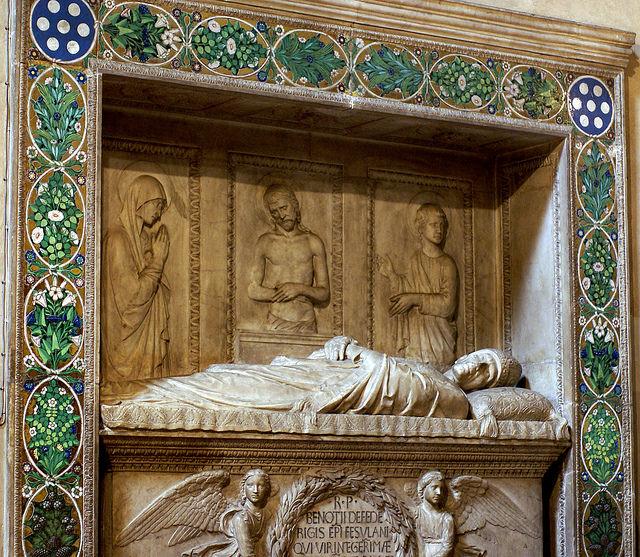 Monumento a Berozzo Federighi de Luca della Robbia