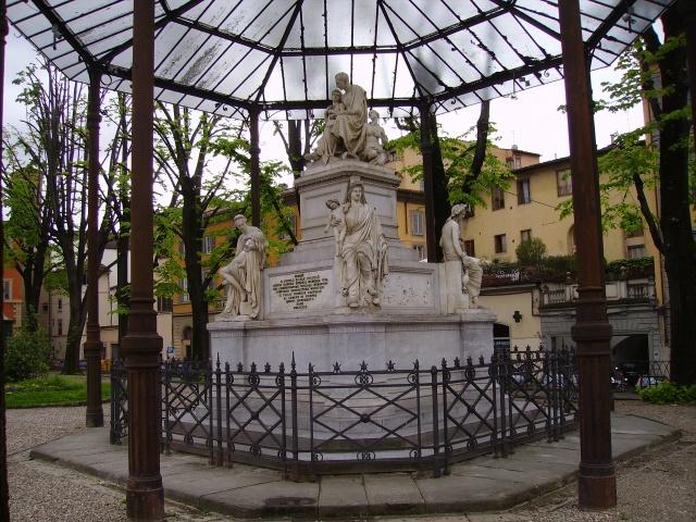Monument to Nicholas Demidoff in Piazza Demidoff