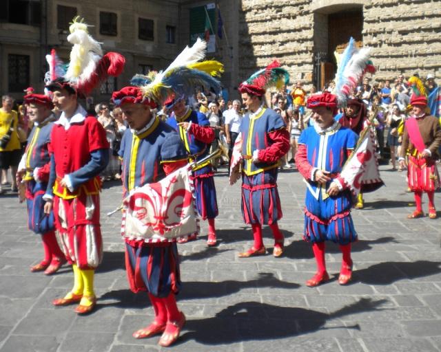 Festivities outside San Lorenzo via Ex Urbe